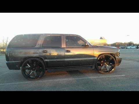 Lowered Tahoe Skatin On 28s