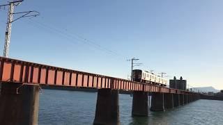 大淀川を渡る列車② 815系回送列車