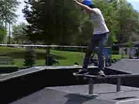 Boardslide Funbox Rail
