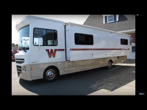 2015 Itasca Tribute 31C, by Winnebago Inustries Motorhome RV For Sale!