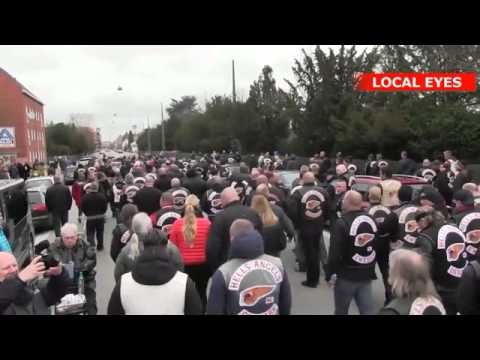 Stor Hells Angels begravelse: Flere hundrede rockere viser den sidste respekt