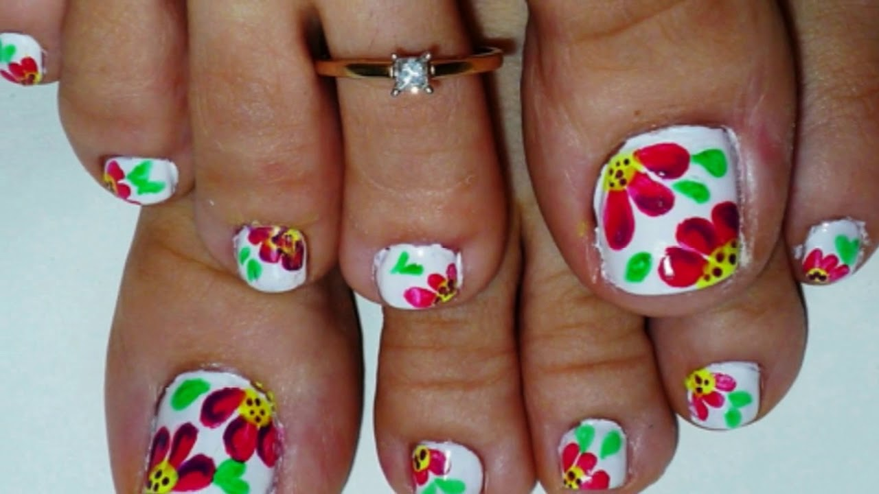 Flower toe nail designs for those who want cuter and more flower toe nail designs for those who want cuter and more feminine look of their nail prinsesfo Choice Image