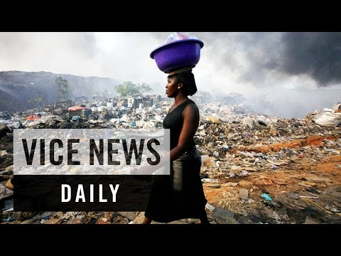 "VICE News Daily: The Residents of Nigeria's ""Dustbin Estate"""