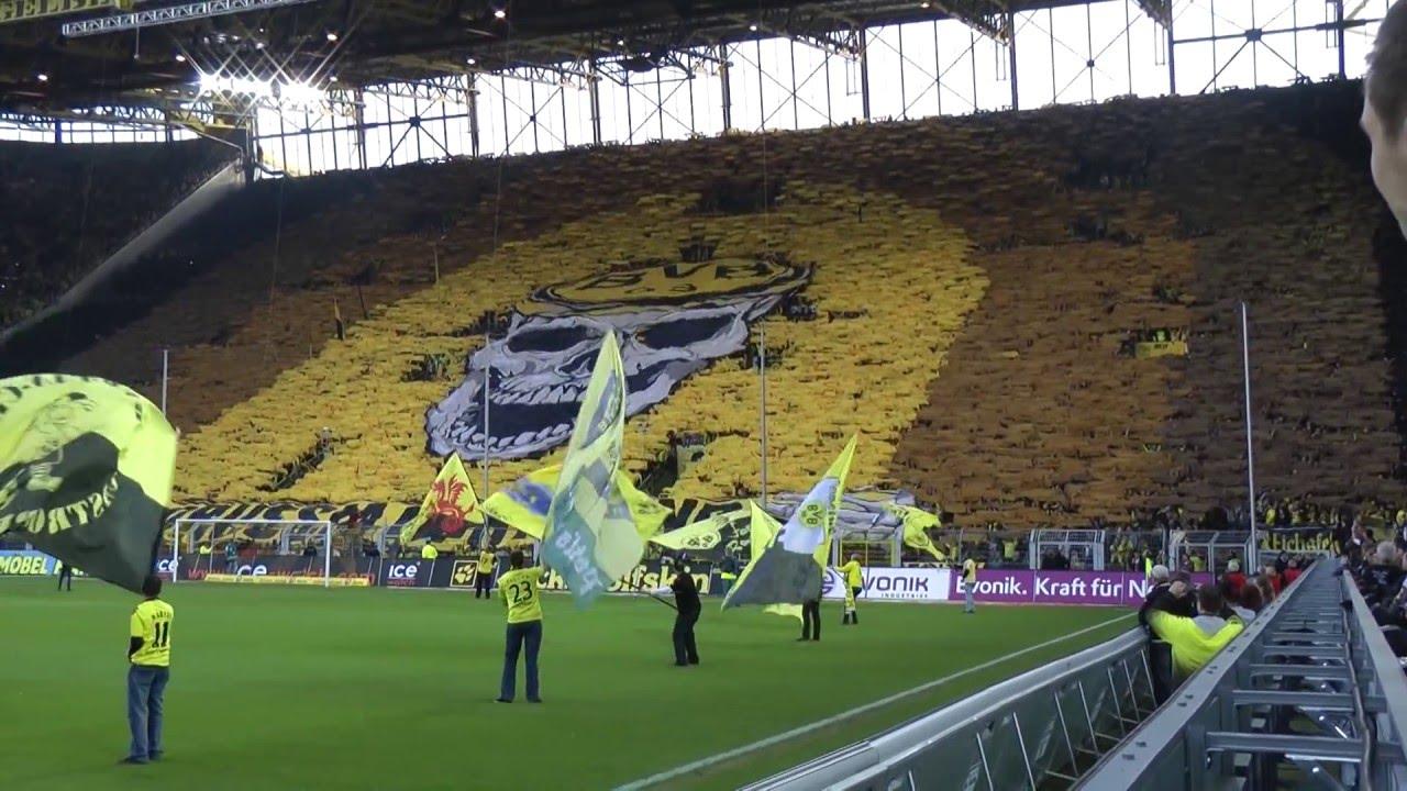 Totenkopf Choreo BVB - Wolfsburg 5-1 Borussia Dortmund Stimmung Fans Bundesliga
