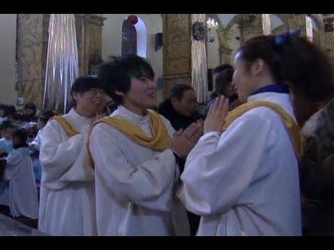 Beijing Christmas Mass for the Faithful and Curious