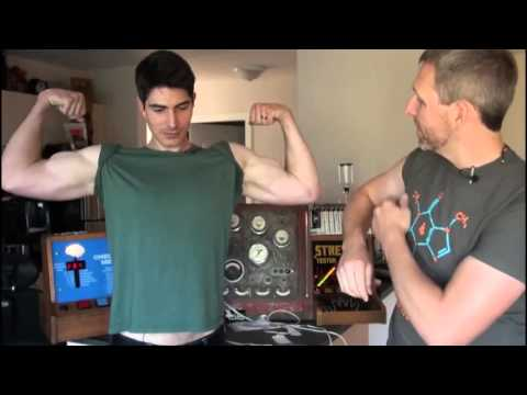 Brandon Routh Flexing His Biceps