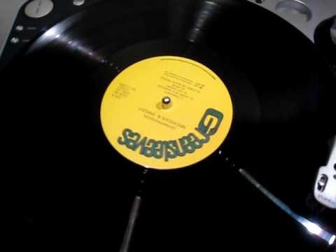 Papa Michigan & General Smiley - Living In A Babylon - Reggae