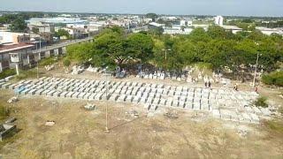 شاهد: العثور على 800 جثة في منازل بغواياكيل نتيجة إخفاق الإكوادور  في إدارة أزمة كورونا …