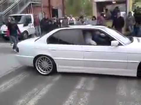 Bmw E38 White Sound M 760