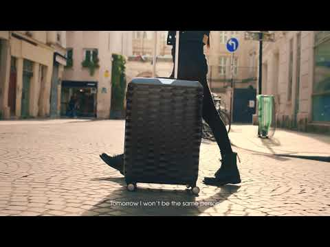 Samsonite POLYGON x Kozue Akimoto #ShapeYourStyle (15s English Version)