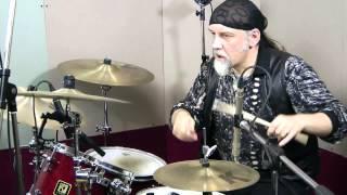 Уроки игры на барабанах. Москва.uroki-music.ru