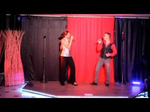 Auriane et Sébastien chantent '' A nous ''