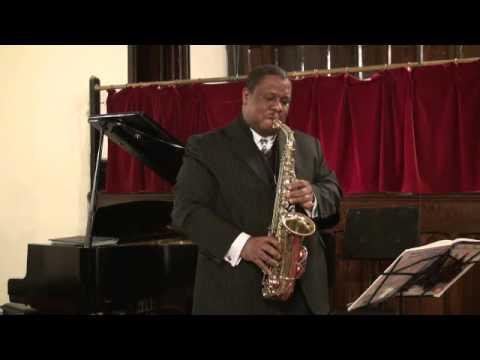 Chris Fleischer, Alto Saxophone- The First Noel