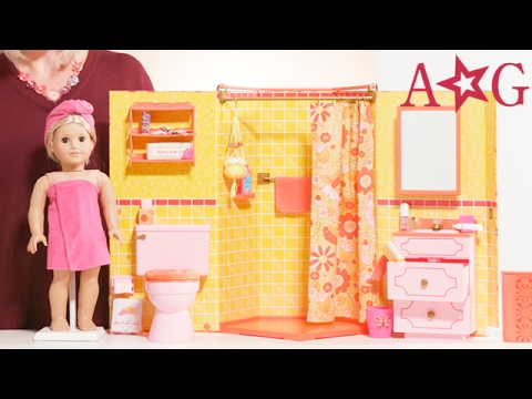 Julie's Groovy Bathroom! | Julie Albright | @American Girl