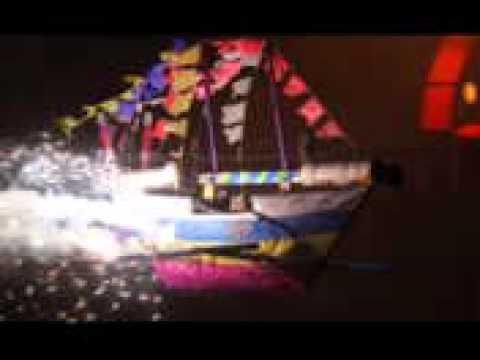 O Barco que voa no impulso do fogo