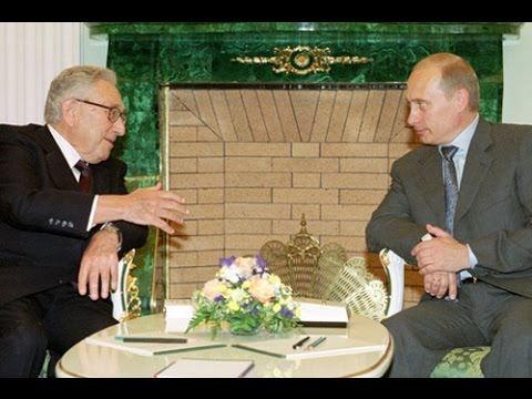 Henry Kissinger on Vladimir Putin's Russia, the New China, the Globalized Economy (2001)