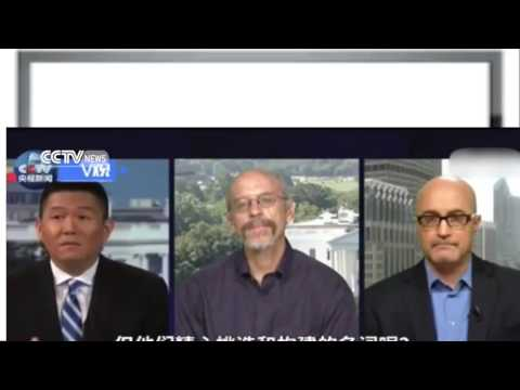 latest news South China Sea  CCTV reporter debates with American expert on the arbitration case
