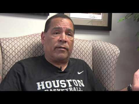 Feature: Kelvin Sampson Reviews First Season at Houston