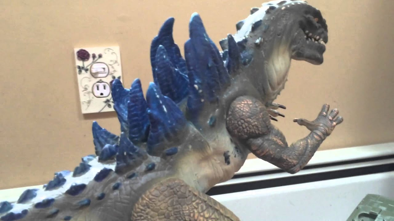 Godzilla 1998 rumble n roar toy - YouTube