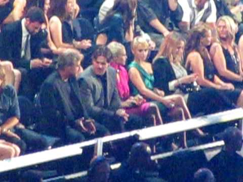 Carrie Underwood & Mike Fisher  CMT Music Awards 2010  9