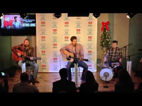 Jon Pardi Sings Head Over Boots