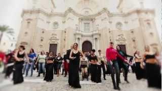 María del Mar Fernández / La India - Flamenco meets Bollywood (Señorita song singer)