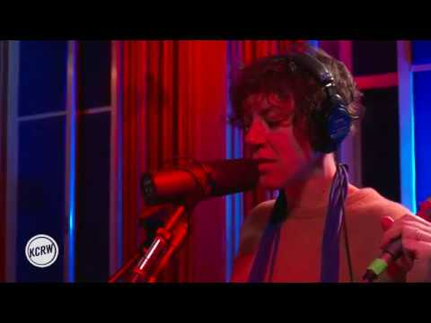 "Tune-Yards performing ""Look At Your Hands"" Live on KCRW"