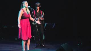 Annelie Franken - Eigenlijk mag ik nergens over zingen (Theo Nijland)