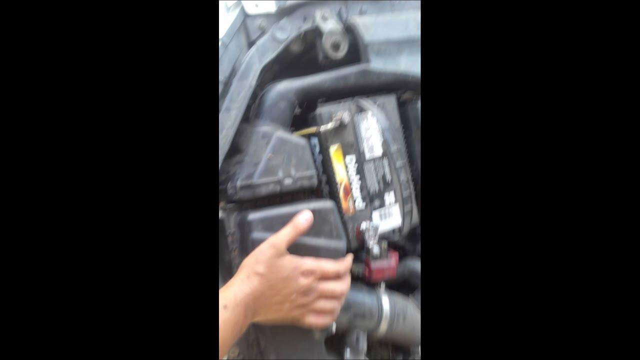 03 Nissan Altima 3.5l V6 Air Filter U0026 Oil Change 1
