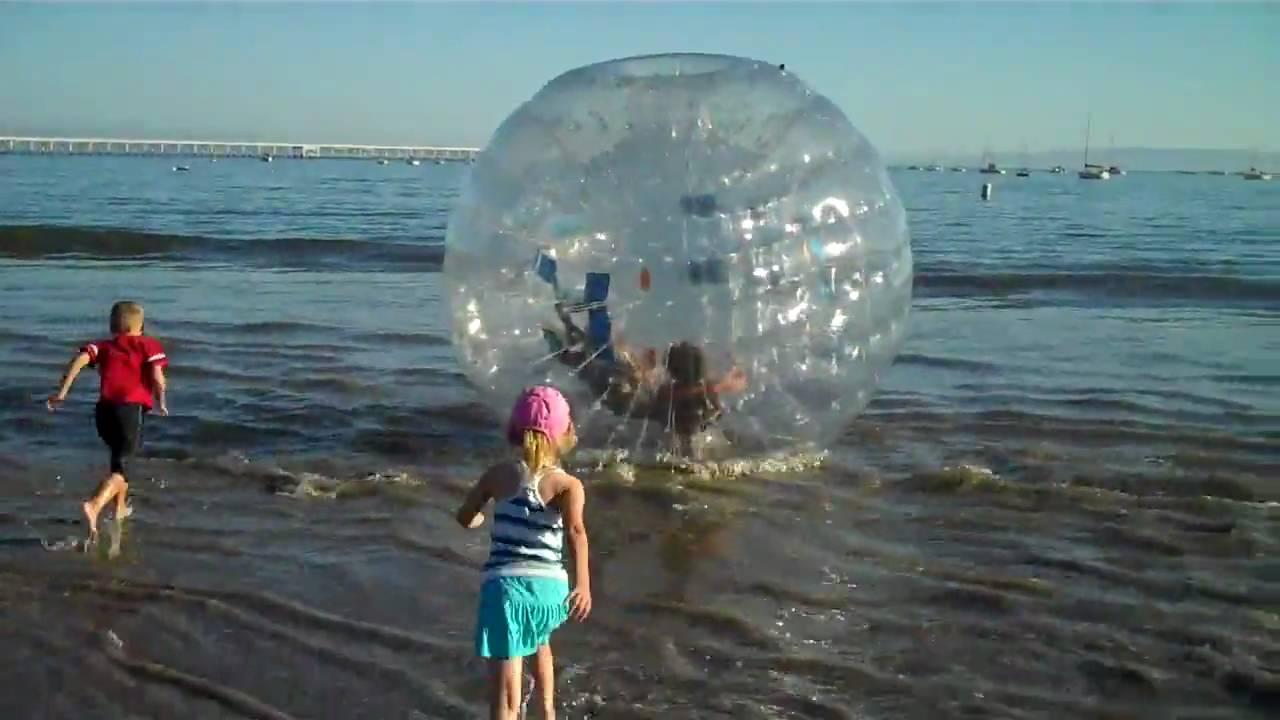 Ржака, дети и зорб - водный аттракцион шар на воде. Funny to tears .