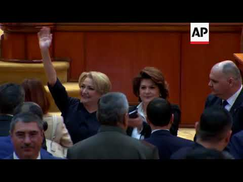 Romania - Romania approves first female premier amid protests