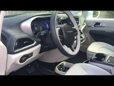 Chrysler Pacifica Hybrid Review