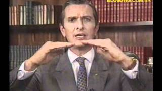 1992 - Pronunciamento de Collor na TV antes do impeachment - completo .wmv