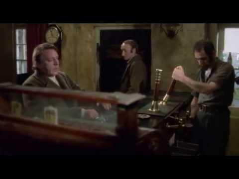 Filme Sob o Bosque de Leite - 1972 (Dylan Thomas)