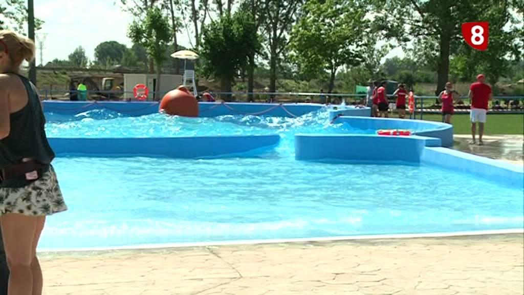 Repor inauguraci n piscinas en valencia de don juan 18 8 for Piscinas leon valencia don juan