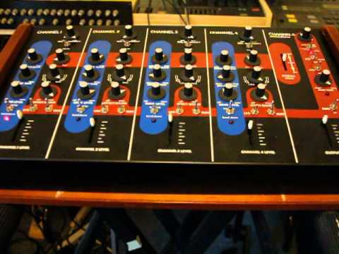 Simmons Drum Synthesizer SDS3 Demo