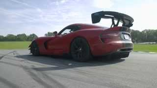 18 Seconds Of The Viper ACR Going Very Fast