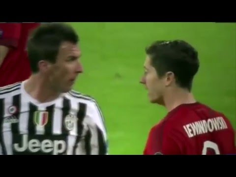 Манджукич против Левандовски Ювентус Бавария 22 02 2016