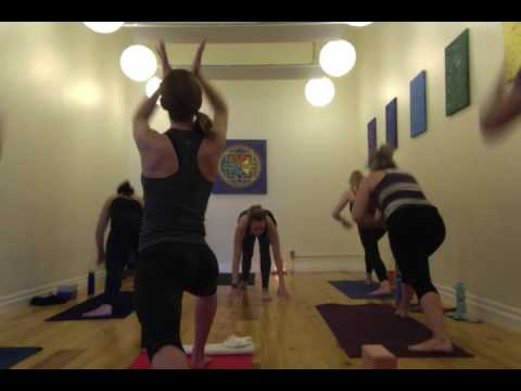 Leah Garniss- JIP Power Yoga - 60 min.