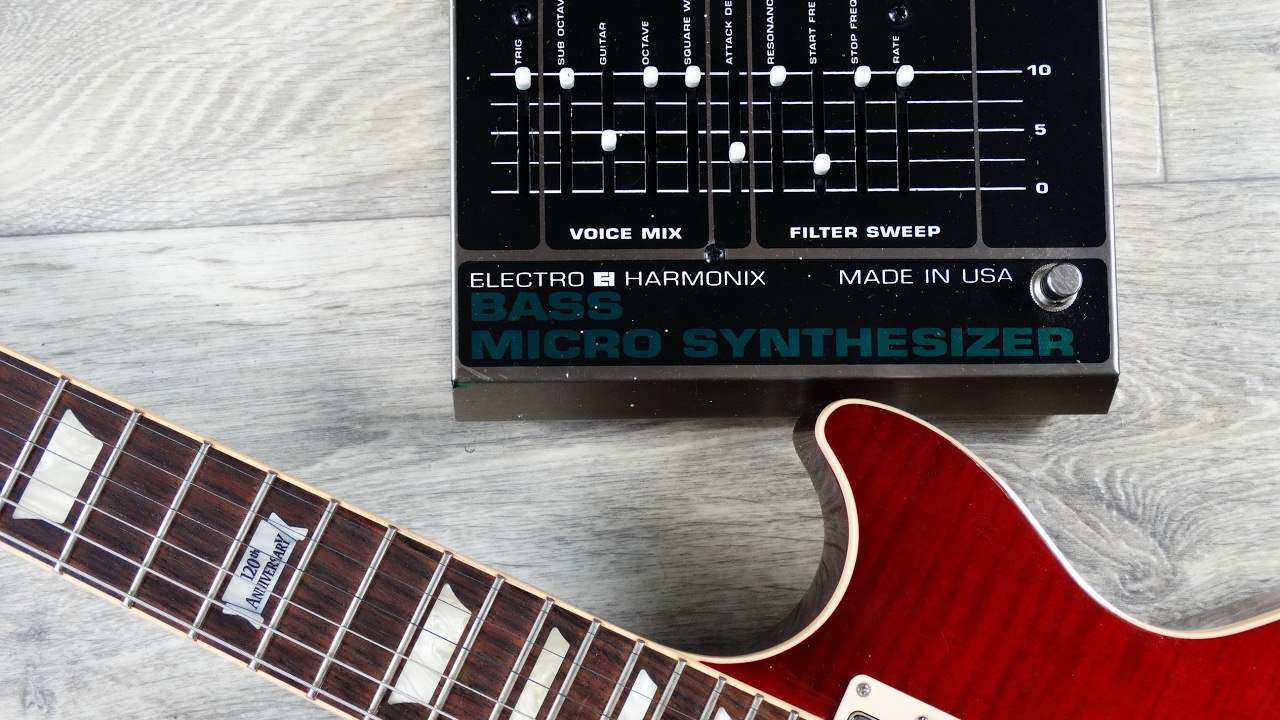 guitar like synth ehx bass micro synth v3 youtube. Black Bedroom Furniture Sets. Home Design Ideas