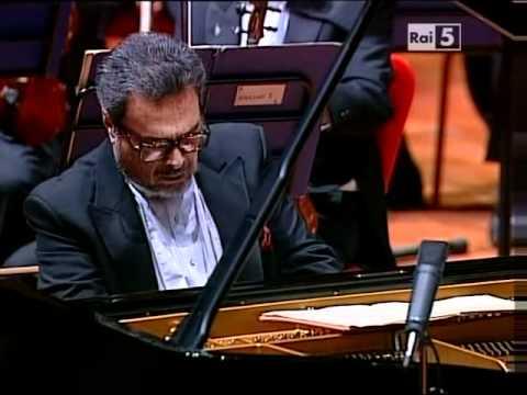 Brahms: Piano Concerto n.1 op.15 - Leon Fleisher - 1st Mvt. (Part 1)