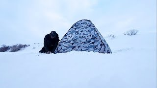 Ловля на мормышку, на Опарыша. Подводные съемки. Рыбалка в палатке.