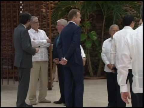 Firma de histórico acuerdo para la paz en Colombia, Raúl recibe a mandatarios
