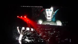 Who Wants to Live Forever/Last Horizon: Queen w/Adam Lambert, Key Arena, Seattle; 1 July 2017