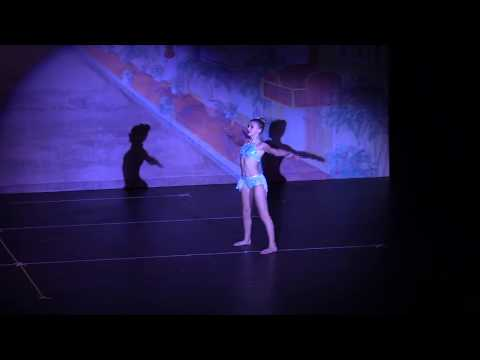 Skylar Dunn- Performs to Never Enough from