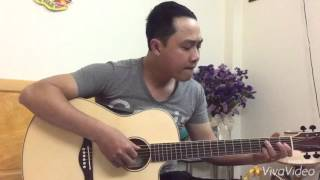 Mẫu T27 - Guitar Trần