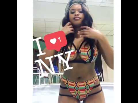 Natasha Thahane shows off sexxy body in New York thumbnail