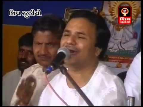 Dham Dhame Nagara Satadhar Dham Ma(Original)- Hemant Chauhan-Hit Gujarati Bhajan