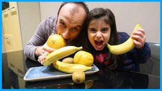 RÜYA İYİLEŞMEK İÇİN MEYVE YİYOR l Rüya Eating Fruit With His Dad
