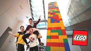 CONSTRUIMOS LA TORRE DE LEGO MÁS ALTA DEL MUNDO CON PEDRITOVM Y ROBLEIS!! [Logan G]